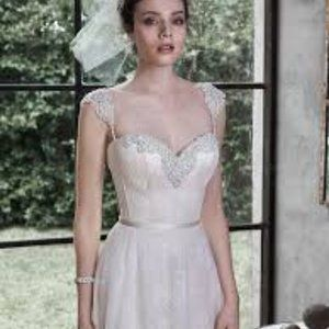 NWT Maggie Sottero 'Alanis' size 8 wedding gown